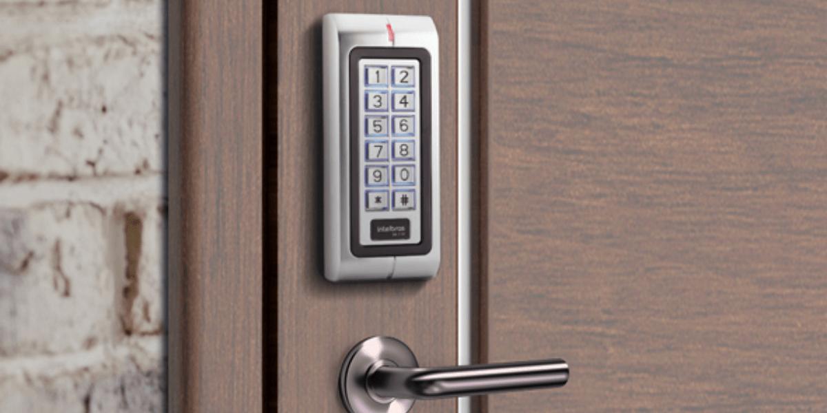 Aprenda a controlar o acesso a ambientes residenciais e corporativos de forma prática e segura